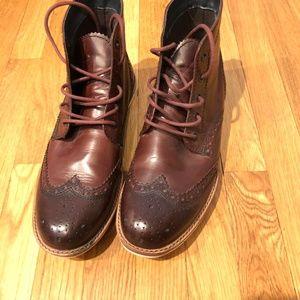 Crevo Boardwalk Leather wingtip boot size 11